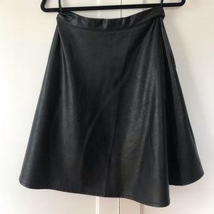 Faux leather skirt with exposed zipper